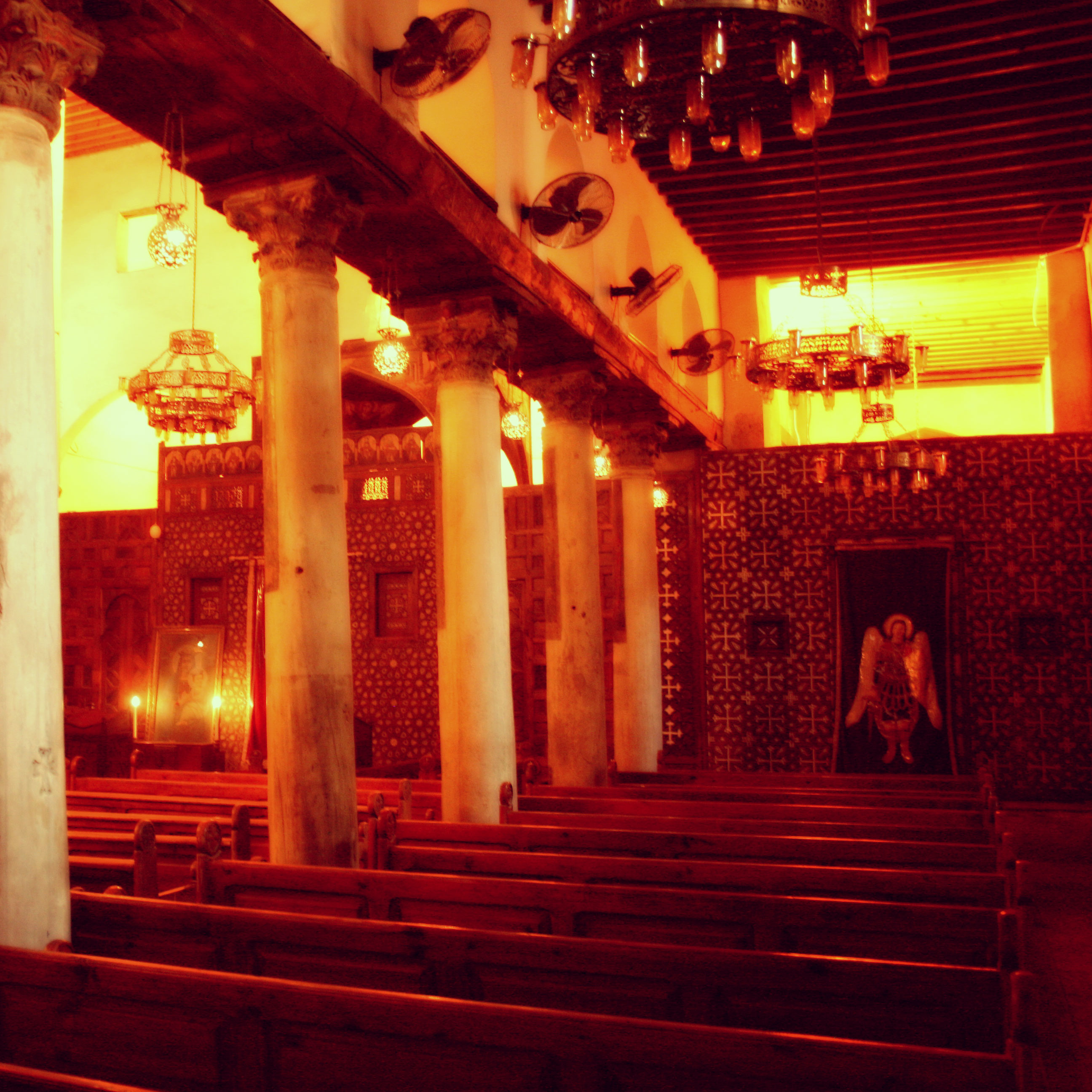 St._Barbara,_coptic_church,_Old_Cairo,_Egypt1